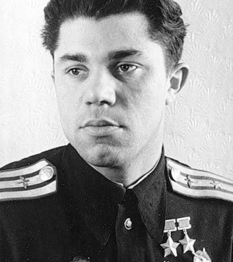 Молодчий Александр Игнатьевич