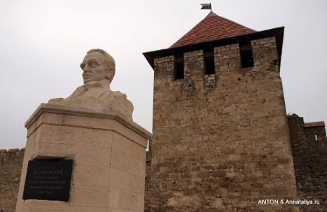 Пам'ятник Івану Котляревському в Бендерах