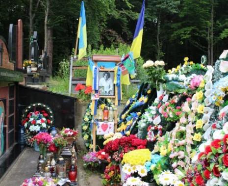 Могила Андрея Кузьменко