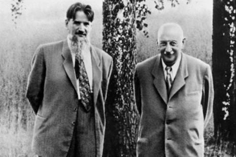 На фото: слева - И. Курчатов, справа - А. Иоффе